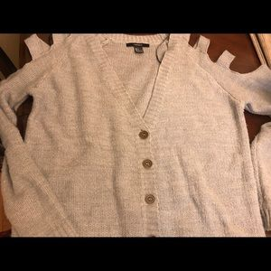 Small forever 21 sweater